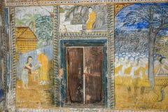 Tempel mit antiker Malerei über Gesetz des Karmas seit Jahr 1928 Stockfotos