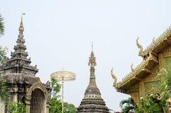 Tempel in Noordelijk Thailand Royalty-vrije Stock Foto's