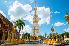 Tempel op blauwe hemel Royalty-vrije Stock Foto's