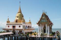Tempel op de berg van Khao Takeab in Thailand Royalty-vrije Stock Foto