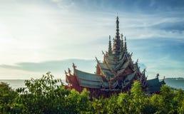 Tempel op zonsondergang Stock Afbeeldingen