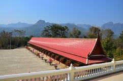 Tempel på Kanchanaburi Thailand Royaltyfri Fotografi