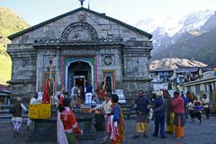 Tempel på Kedarnath i Garhwal Himalayas, Uttarkhand, Indien Royaltyfri Fotografi
