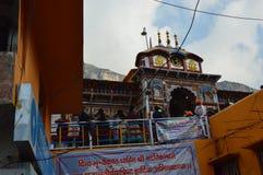 Tempel på kullestationen Uttrakhand i Indien Royaltyfria Bilder