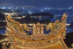 Tempel på skymning, Taiwan Royaltyfria Foton