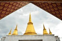 Tempel an phutthamonthon Provinz Stockbilder