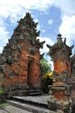 Tempel Puseh i den Batuan byn på Bali arkivfoto