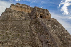 Tempel Pyramide in Uxmal - Oude Maya Architecture Archeological Site Yucatan, Mexico Stock Afbeelding