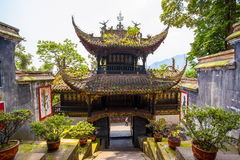 Tempel Rrwang (zwei Adel) von Dujiang-Wehr Stockfoto