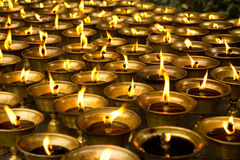 Tempel-Schmieröl-Lampe Stockbilder