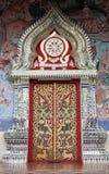 Tempel-Tür, Thailand Stockfotos
