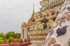 Tempel thailändisch oder Wat Arun Lizenzfreie Stockfotografie