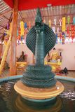 Tempel in Thailand dort ist ein schöner Buddha Antikes Holzschnitzen Wat Thai Samakkhi, Mae Sot District, Tak Province lizenzfreies stockbild