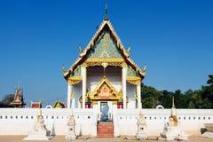 Tempel in Thailand morgens lizenzfreie stockfotos