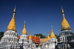 Tempel twintig Stupa in Thailand Stock Fotografie