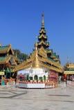 Tempel und Pagode an Shwedagon-Pagode Stockfotos