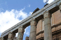 Tempel van Antonino en Faustina - Roman Forum Royalty-vrije Stock Foto