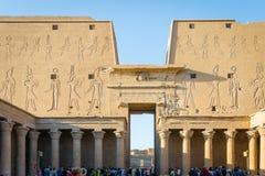 Tempel van Edfu Specifiek aan de valkgod Horus Egypte royalty-vrije stock fotografie