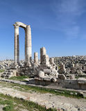 Tempel van Hercules, Roman Corinthian-kolommen bij Citadelheuvel, Amman, Jordanië Stock Afbeeldingen