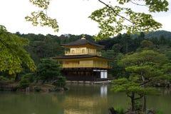 Tempel van het Gouden Paviljoen, Kyoto Stock Afbeeldingen