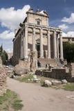 Tempel von Antonius und von faustina, Stockbild