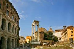 Tempel von Apollo, Teatro di Marcello, Rom stockbild