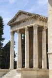 Tempel von August in den Pula lizenzfreies stockfoto