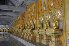 Tempel von buddhistischen Marksteinen in Thailand lizenzfreie stockfotografie