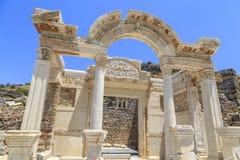 Tempel von Hadrian in Ephesus, Izmir, die Türkei lizenzfreies stockbild