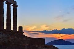 Tempel von Poseidon am Kap Sounion Attica Greece bei Sonnenuntergang Stockfotos