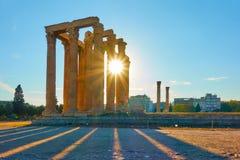 Tempel von Zeus bei Sonnenuntergang stockfoto