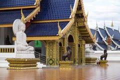 Tempel Wat Den Salee Sri Muang GanWat förbudhåla, Chiang Mai, Thailand Arkivfoto