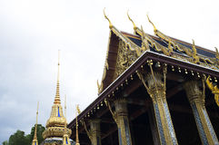 Tempelbovenkant in de stad van Bangkok, Thailand Royalty-vrije Stock Foto's