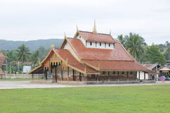 Tempelbyggnad i nord av Thailand Arkivbild