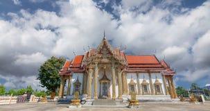 TempelChulamanee historia av Phitsanulok efter forntiden arkivfilmer