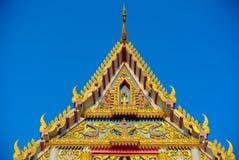 Tempeldach die Giebel Lizenzfreie Stockfotos