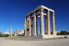 Tempelet av den olympiska zeusen i Athens Royaltyfri Foto