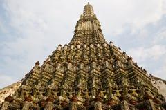 Tempelet av gryning Wat Arun arkivbild