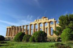 Tempelet av Hera, på Selinunte Arkivbild