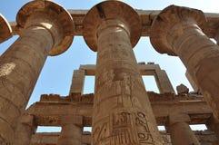 Tempelet av Karnak Kolonner på det stora Hypostyle, Luxor, Egypten Fotografering för Bildbyråer