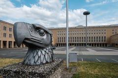 Tempelhof Internationale Luchthaven Flughafen Tempelhof, eerstgenoemde stock afbeeldingen