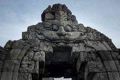 Tempeloverwelfde galerij royalty-vrije stock foto's