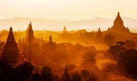 Tempels van bagan bij zonsondergang, Birma (myanmar) Stock Foto