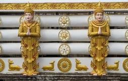 Tempelvägg på den Wang Wiwekaram templet Arkivbilder