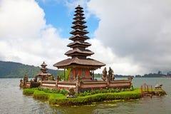 tempelvatten Arkivbilder