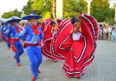 Temperamental Mexican dancers Royalty Free Stock Photos