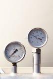 Temperatur- und Druckanzeiger Stockbilder
