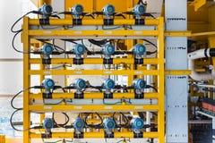 Temperatursändare i fossila bränslenaffären som övervakar temperatur av gas och olje- brunnar Royaltyfri Foto