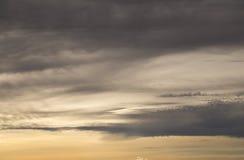 Tempesta al tramonto immagini stock