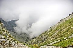 Tempesta in alta montagna. Fotografie Stock